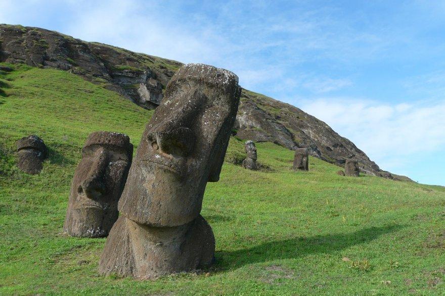 Rano Raraku Moai Osterinsel Chile Rapa Nui